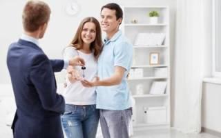 Каким образом происходит расслужебливание квартиры и ее приватизация?
