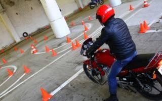 Возможна ли учебная езда на мотоцикле в данном случае?